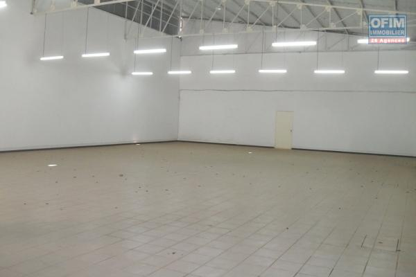 OFIM met en location un local de 130m2 pour usage bureau ou commercial en plein centre ville d'Ankorondrano