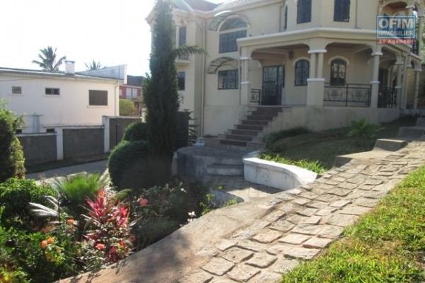 OFIM met en location une villa F6 à Tsiadana Antananarivo