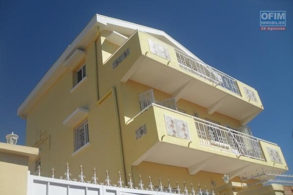 A louer une villa de type F4 neuve à Ambohimahitsy Antananarivo