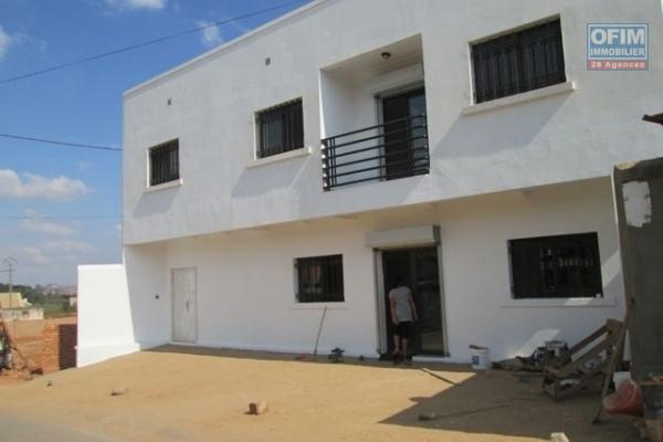 A louer un local de 5 pièces à Isoraka Antananarivo