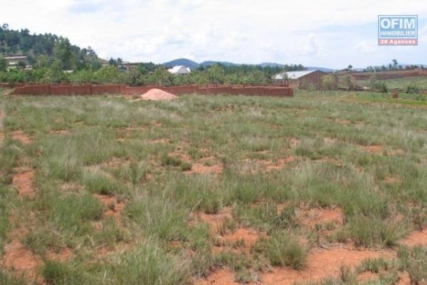 A vendre un terrain de 345 m2 dans un lotissment à Ilafy Antsampandrano