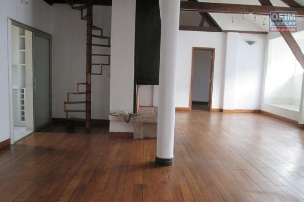 A louer, un appartement T4 en plein centre ville, Tsaralalana- Antananarivo